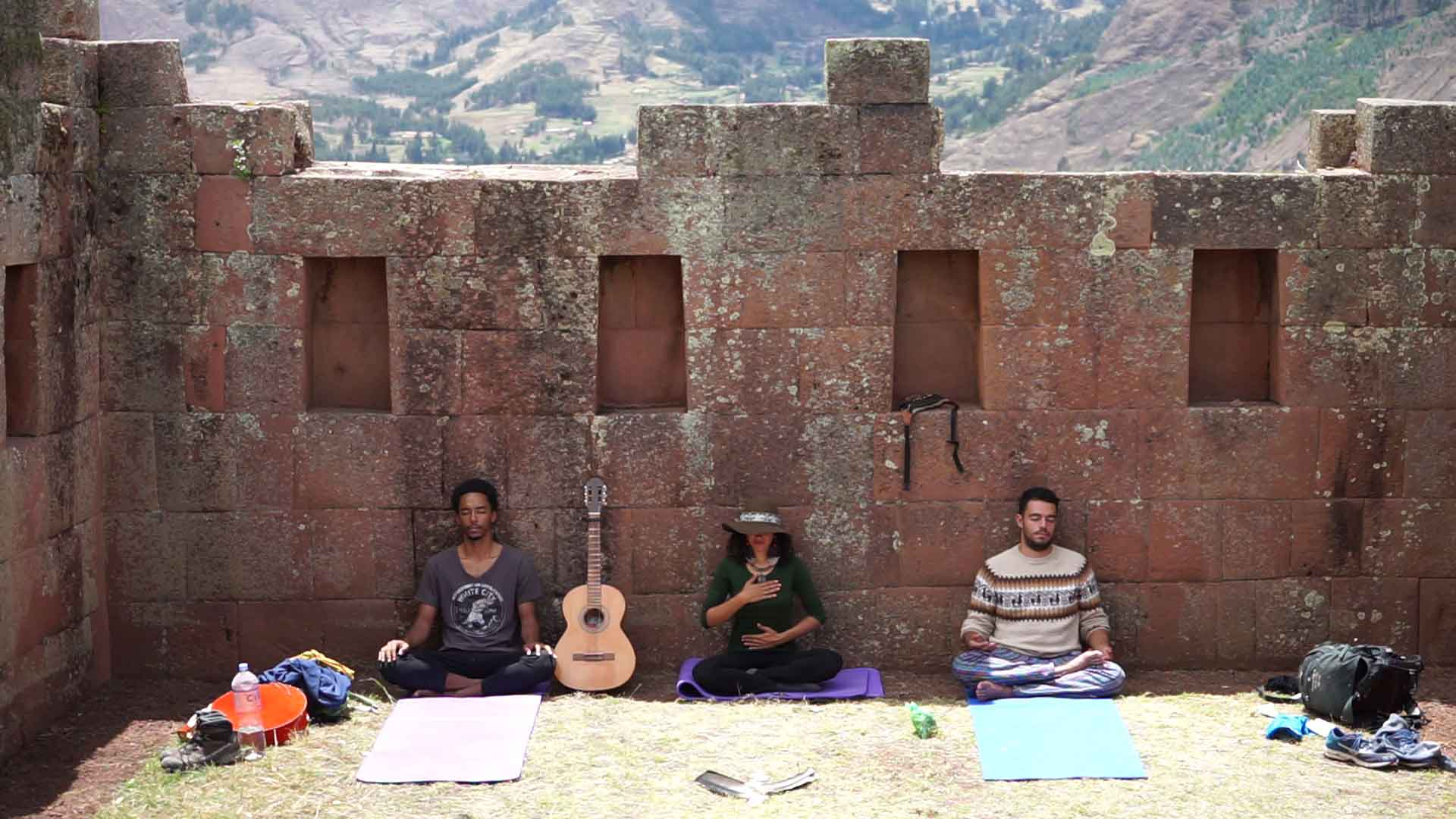 yoga retreat peru